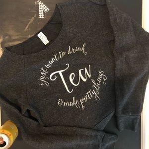 Sweatshirt size Med